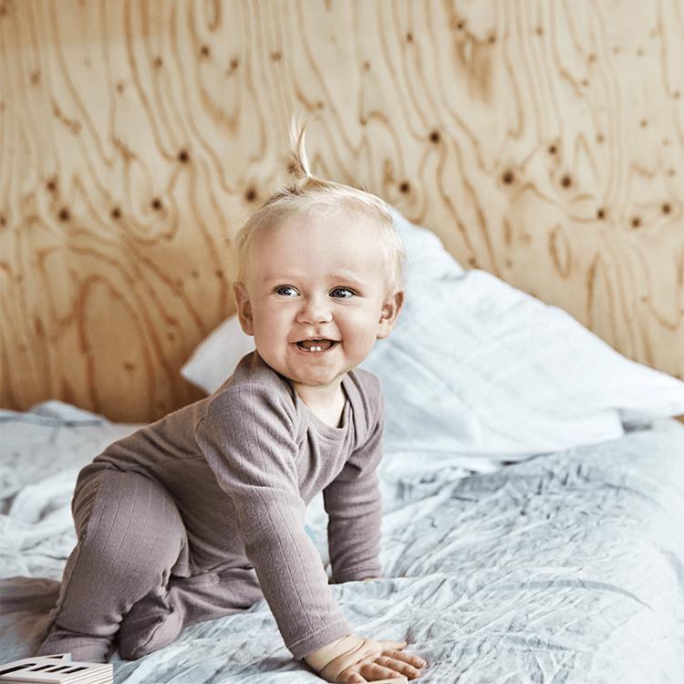 Derfor skal dit barn sove i uld