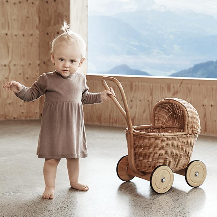 3 Gründe weshalb Sie Ihr Kind in Wolle kleiden sollten