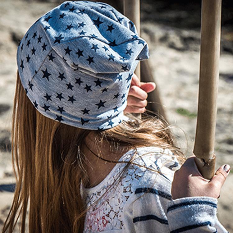 Mützen für krebskranke Kinder
